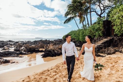 Janessa & Danny, Makena Cove - photo by Moorea Thill