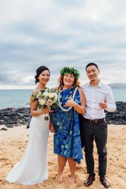Wedding shaka!